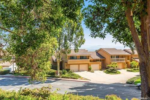 $998,000 - 2Br/3Ba -  for Sale in Windemere, La Jolla