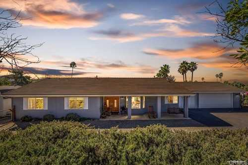 $785,000 - 3Br/2Ba -  for Sale in Valley Center
