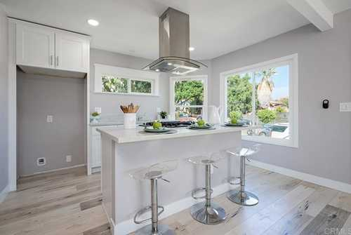 $549,000 - 3Br/2Ba -  for Sale in San Diego
