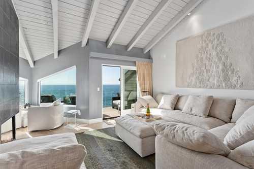 $2,950,000 - 2Br/2Ba -  for Sale in Solana Beach
