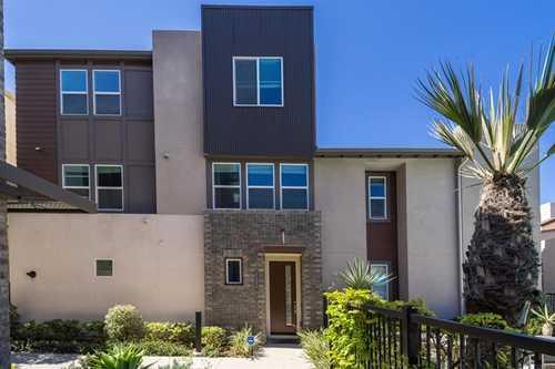 $799,999 - 4Br/4Ba -  for Sale in Chula Vista