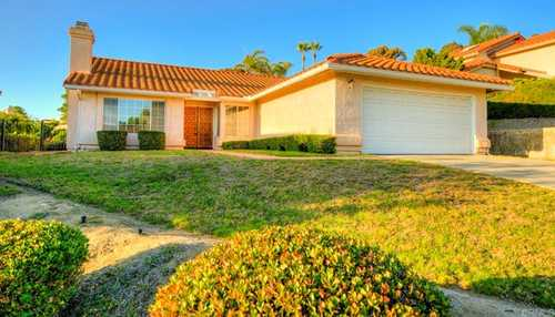 $1,050,000 - 3Br/2Ba -  for Sale in The Summit, Carlsbad