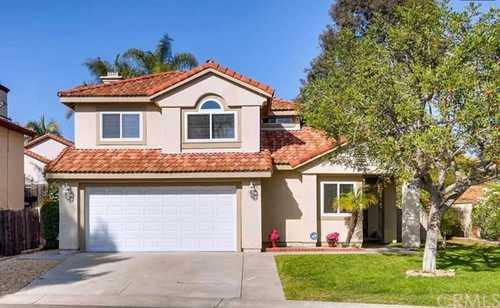 $749,999 - 4Br/3Ba -  for Sale in Vista