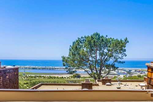 $1,895,000 - 2Br/2Ba -  for Sale in Sea Point, Del Mar