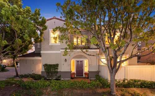 $1,275,000 - 2Br/3Ba -  for Sale in Trilogy, San Diego