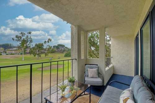 $475,000 - 2Br/2Ba -  for Sale in Oaks North Village, San Diego