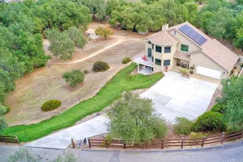 $1,187,500 - 3Br/3Ba -  for Sale in Butterfield Estates, Valley Center