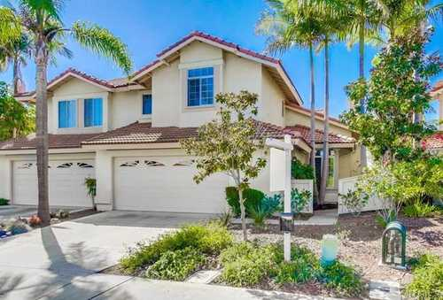 $1,050,000 - 4Br/3Ba -  for Sale in San Diego