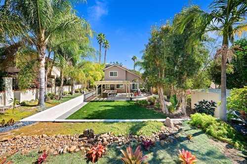 $1,025,000 - 3Br/3Ba -  for Sale in Rancho Penasquitos, San Diego