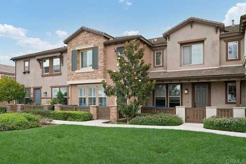 $1,099,000 - 3Br/3Ba -  for Sale in Highlands Village, San Diego