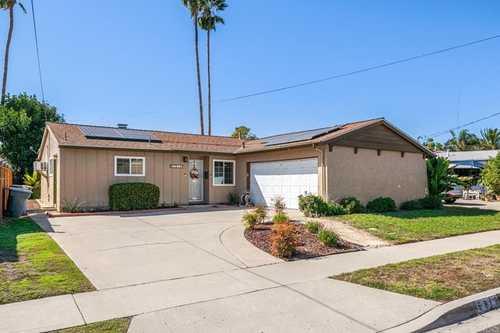 $695,000 - 3Br/2Ba -  for Sale in La Mesa