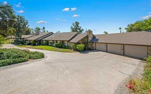 $1,799,000 - 4Br/5Ba -  for Sale in Vista Grande, El Cajon