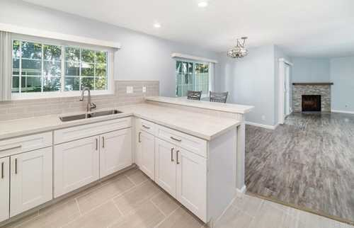 $599,500 - 2Br/3Ba -  for Sale in Canyon Colony, San Diego