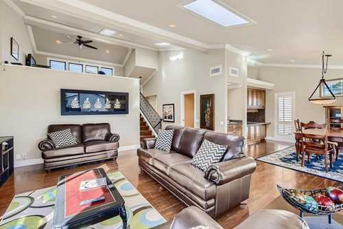 $800,000 - 2Br/3Ba -  for Sale in Carlsbad