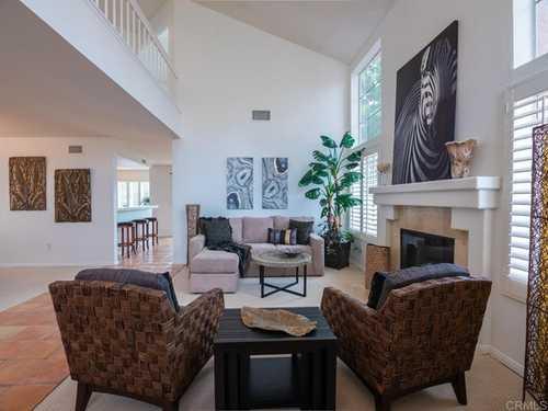 $849,000 - 4Br/3Ba -  for Sale in Vista