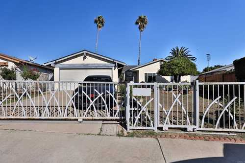 $885,000 - 4Br/2Ba -  for Sale in San Diego