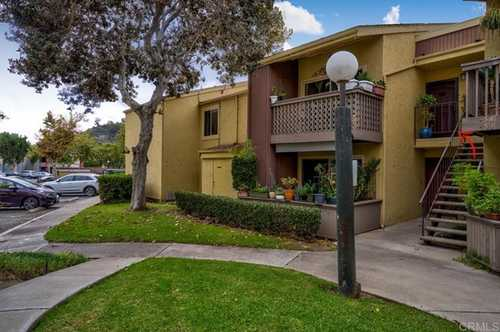 $429,500 - 2Br/1Ba -  for Sale in Mission Valley, San Diego