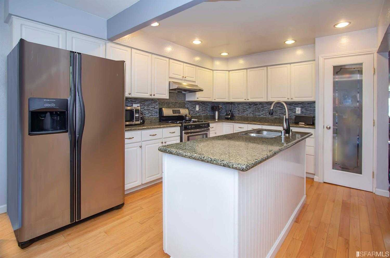 $899,000 - 3Br/2Ba -  for Sale in South San Francisco