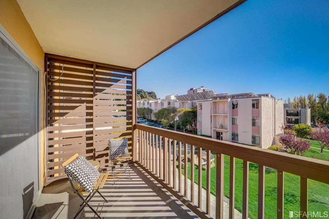 $639,000 - 3Br/2Ba -  for Sale in San Francisco
