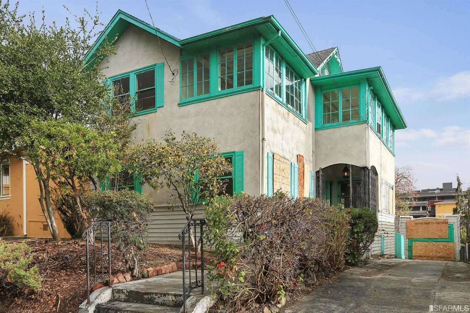 $1,145,000 - 4Br/2Ba -  for Sale in Oakland