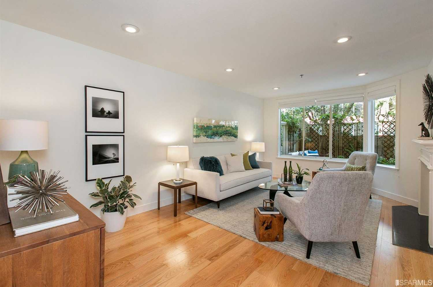 $995,000 - 2Br/3Ba -  for Sale in San Francisco