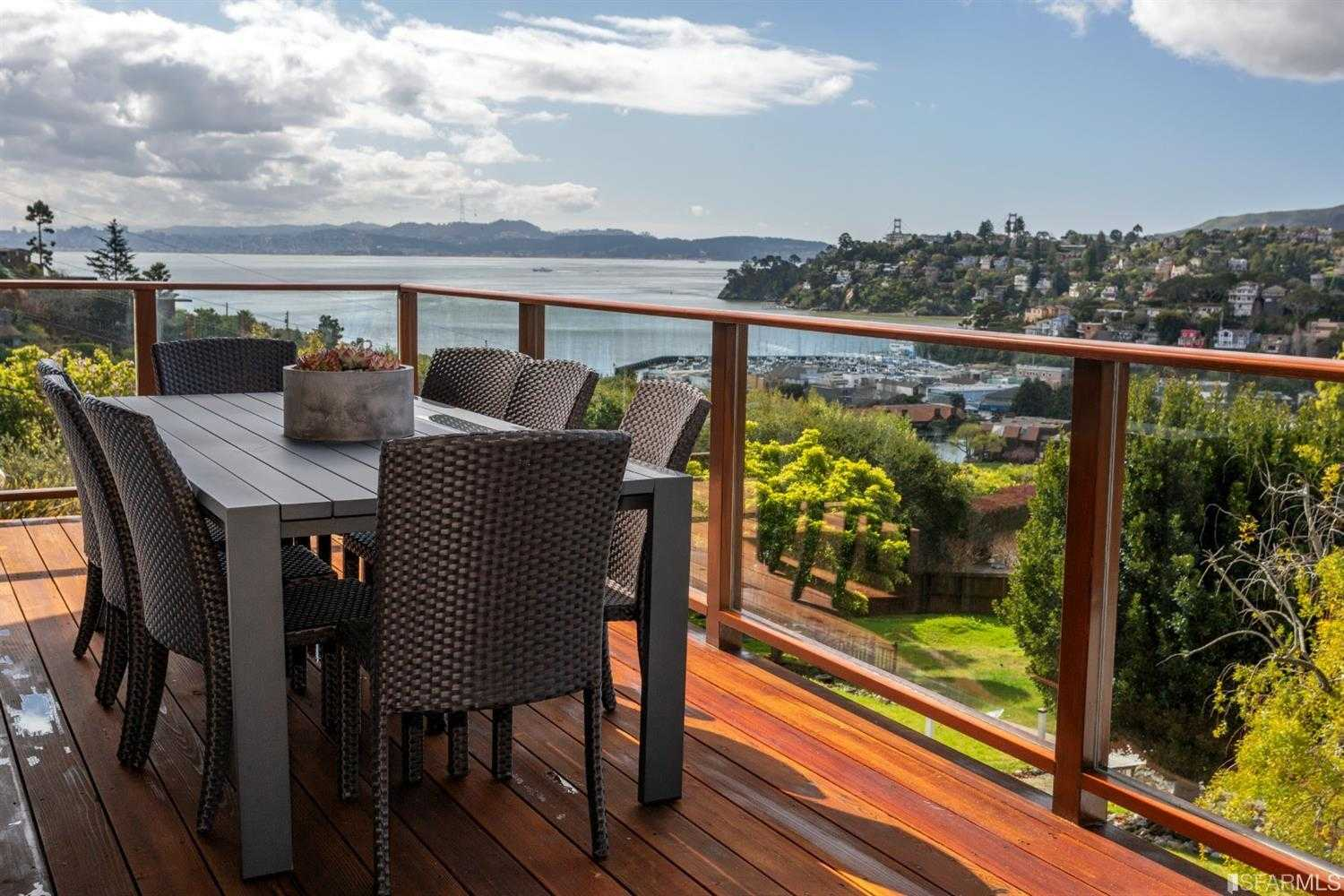 $3,675,000 - 4Br/5Ba -  for Sale in Tiburon