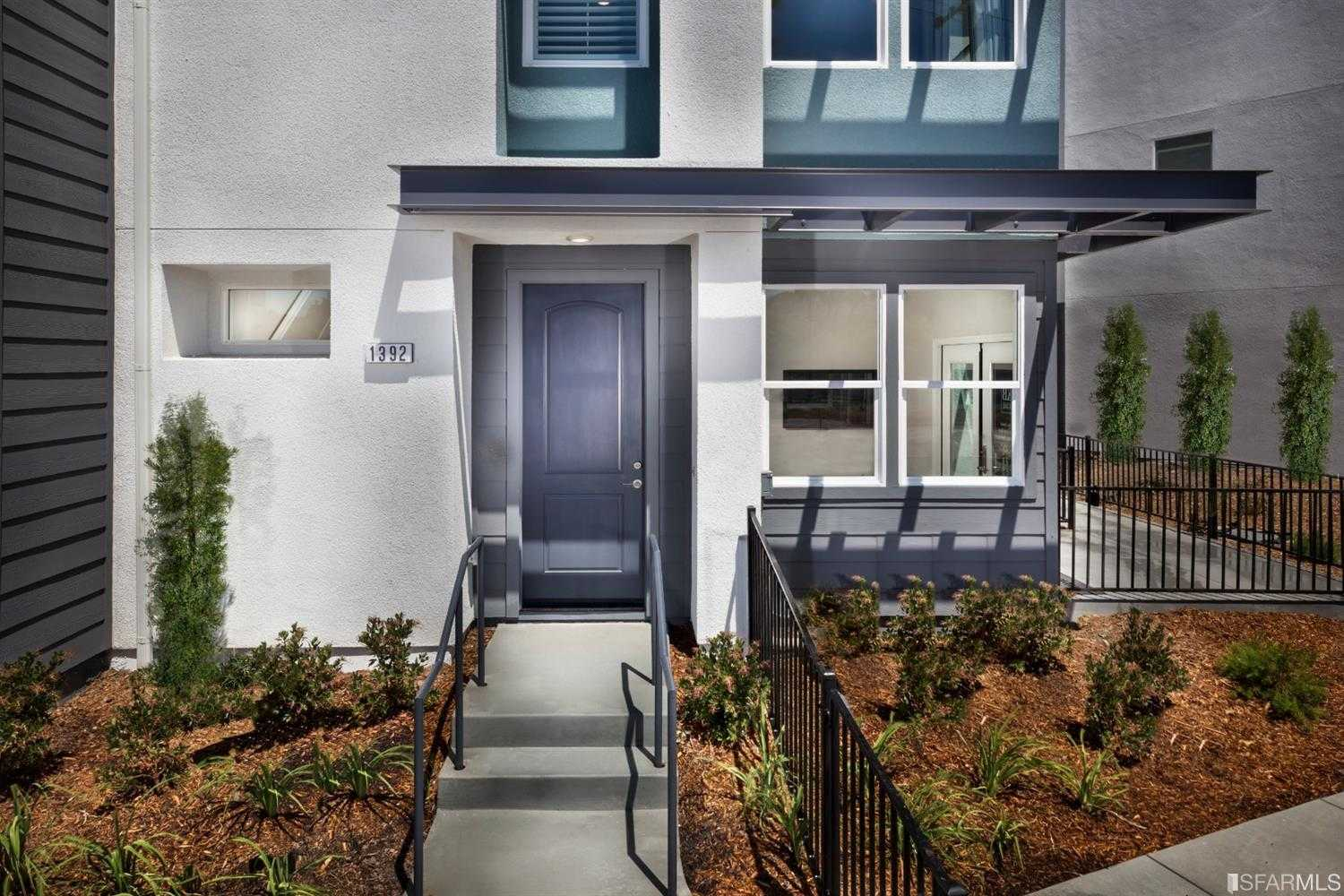 $1,069,999 - 3Br/3Ba -  for Sale in Milpitas