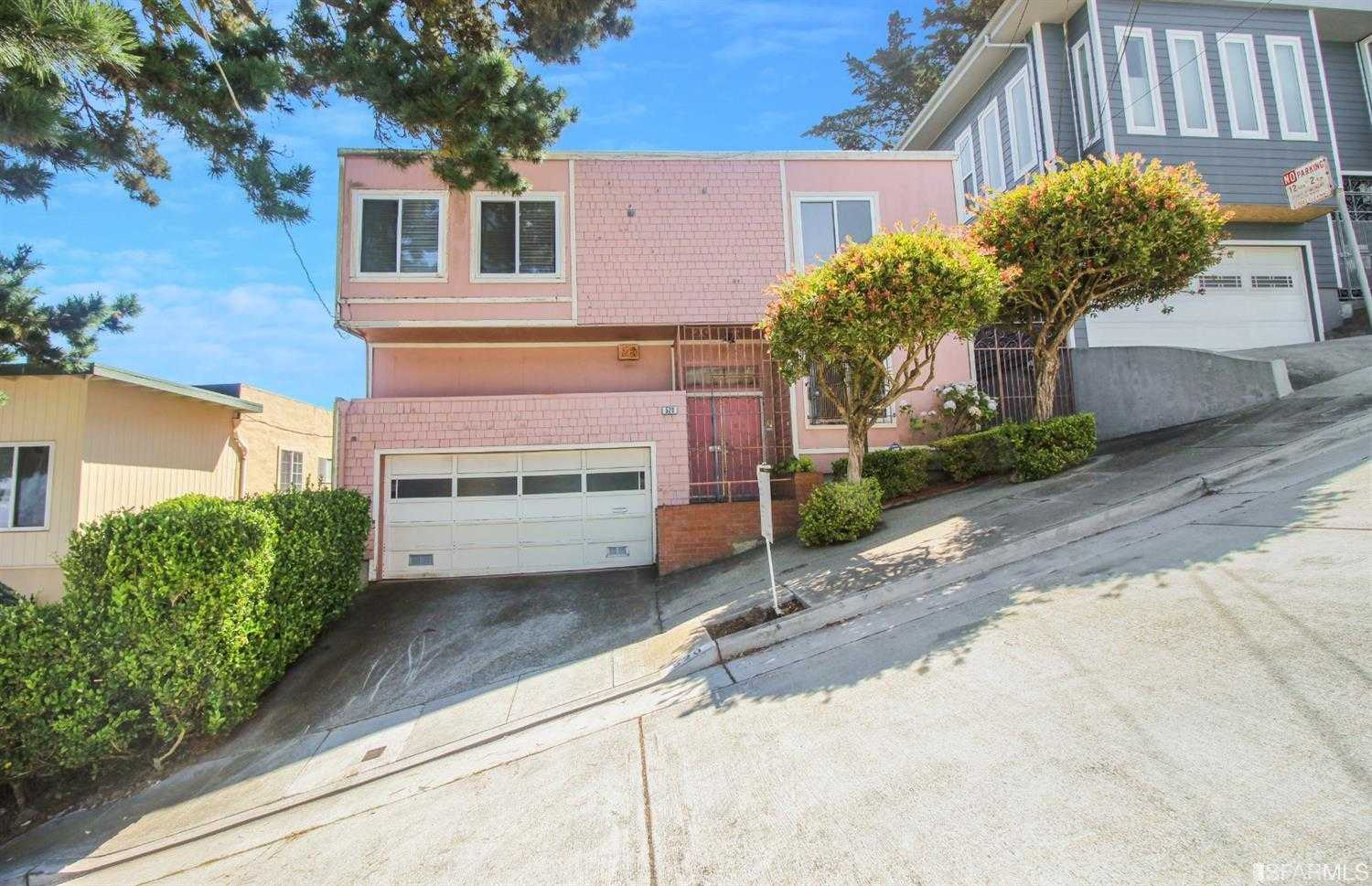 520 Orizaba Ave San Francisco, CA 94132