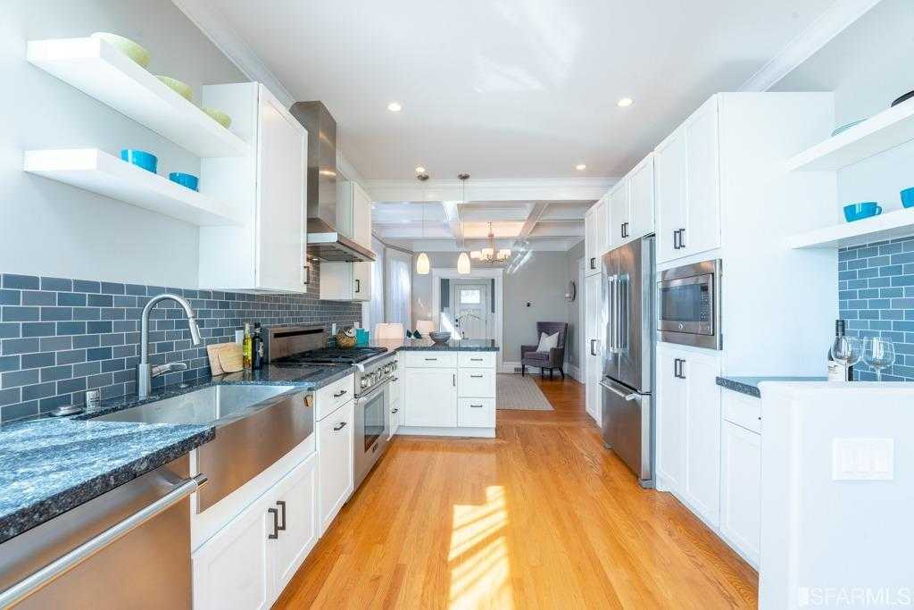 $1,995,000 - 4Br/3Ba -  for Sale in San Francisco