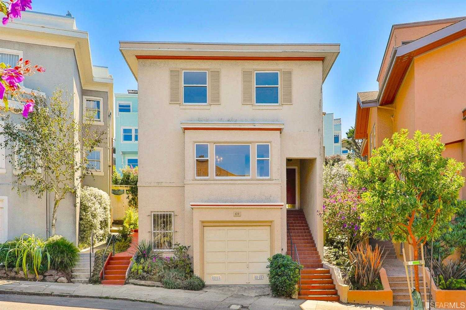 $2,400,000 - 3Br/3Ba -  for Sale in San Francisco