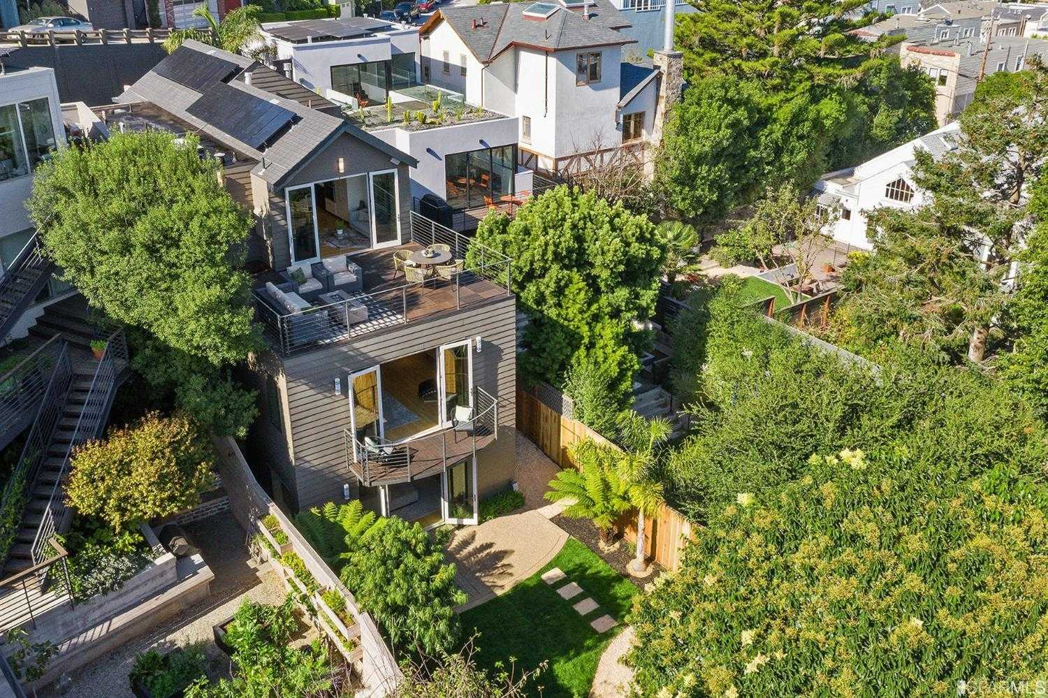 $4,395,000 - 4Br/5Ba -  for Sale in San Francisco