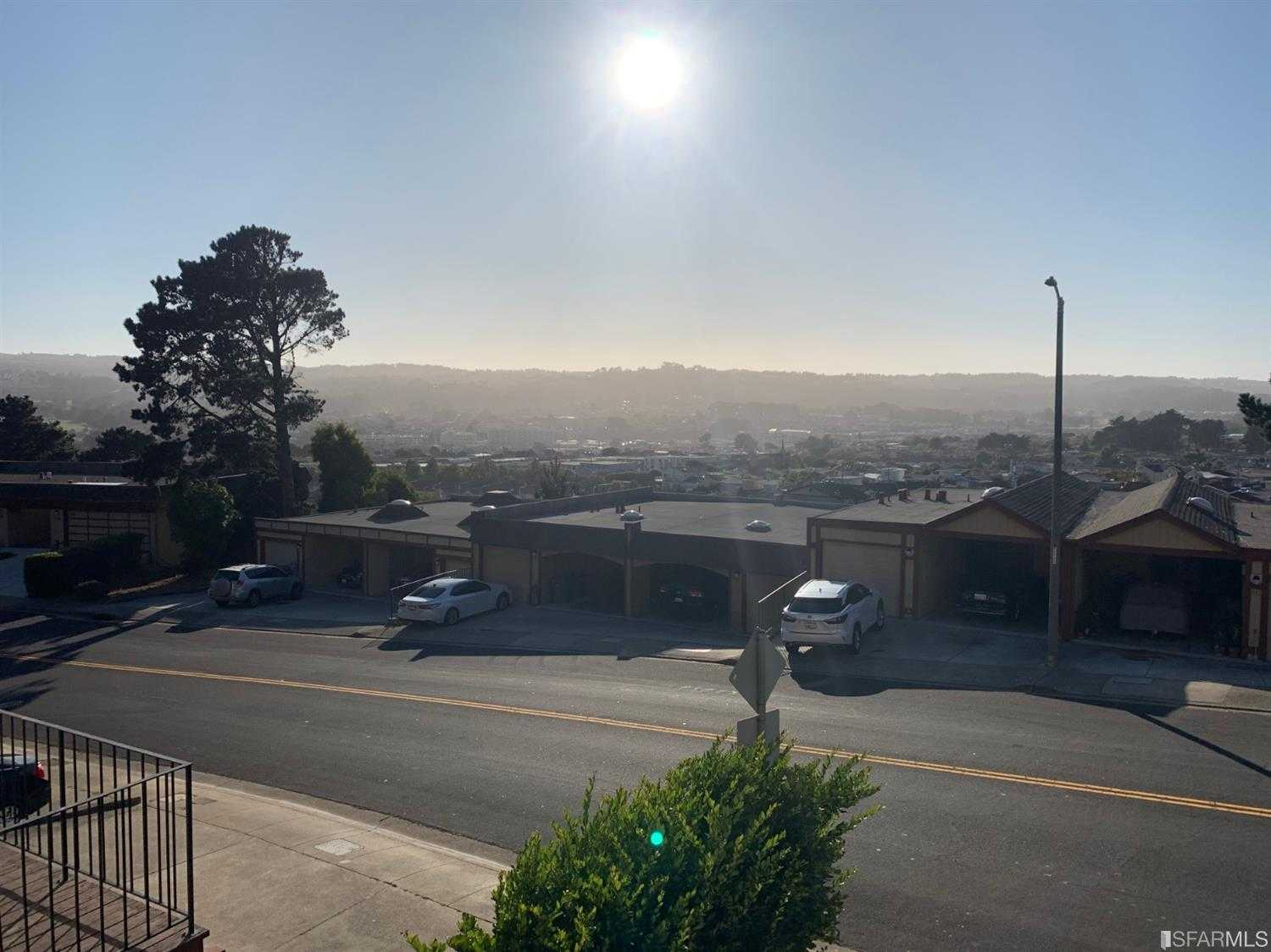 $848,000 - 3Br/3Ba -  for Sale in South San Francisco