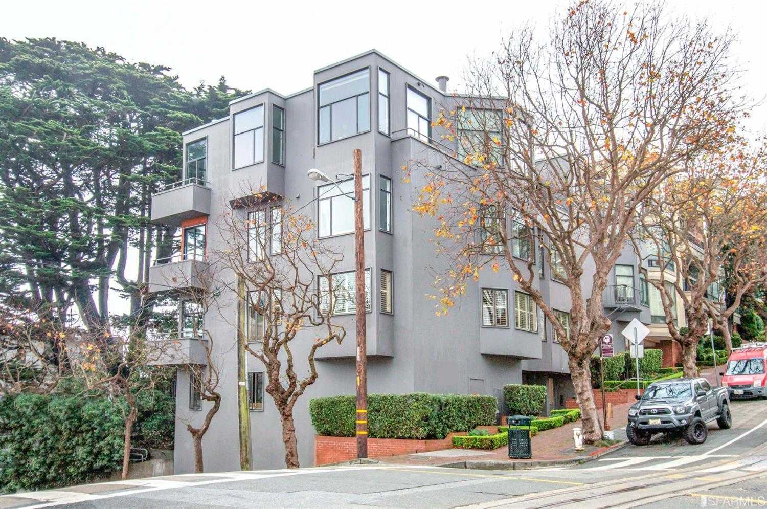 2390 Hyde Street Unit 1A San Francisco, CA 94109