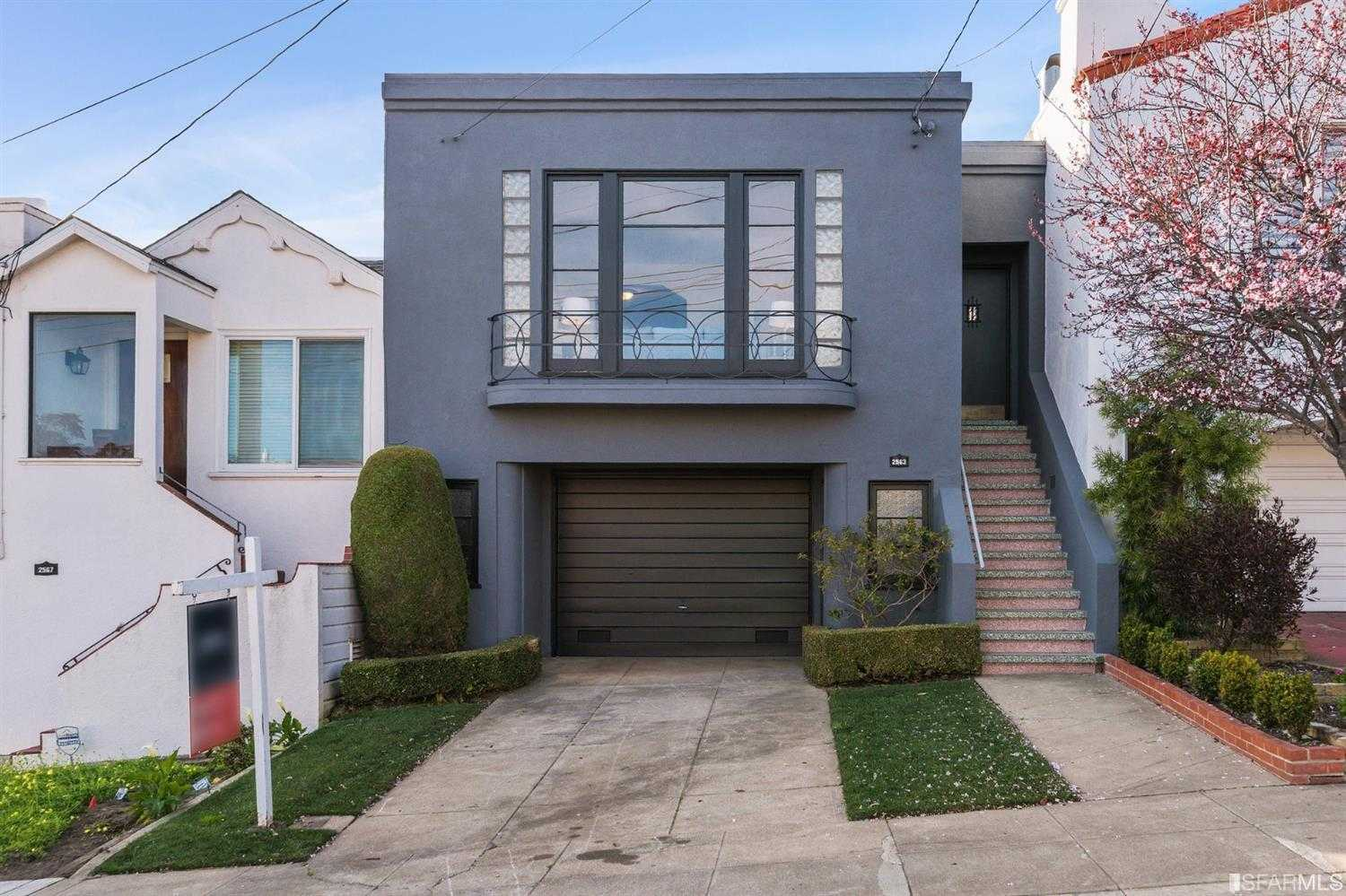2563 32nd Avenue San Francisco, CA 94116