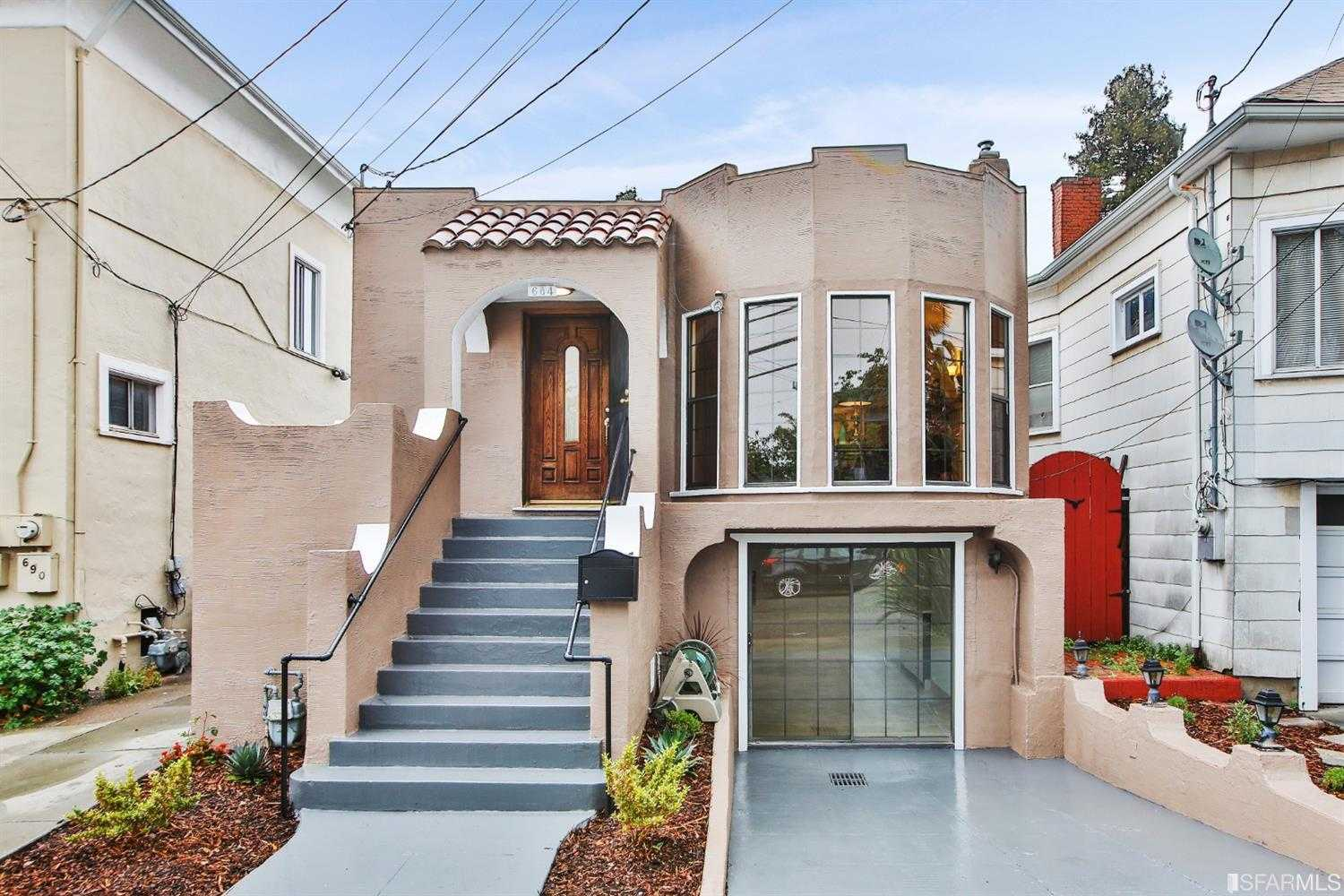 $999,000 - 4Br/2Ba -  for Sale in Oakland