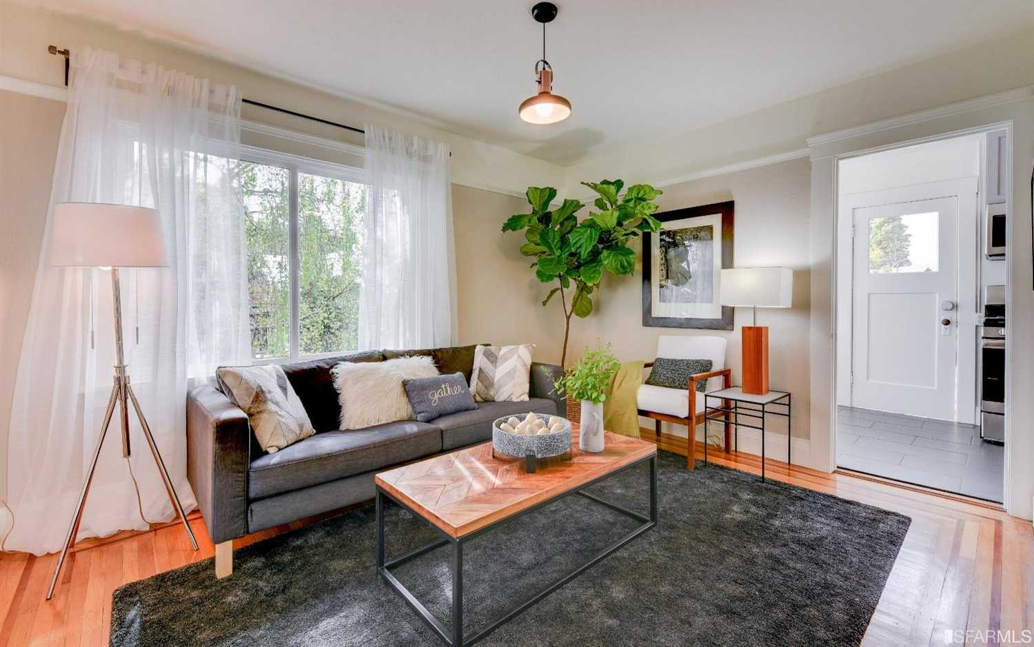 $648,000 - 1Br/1Ba -  for Sale in Oakland
