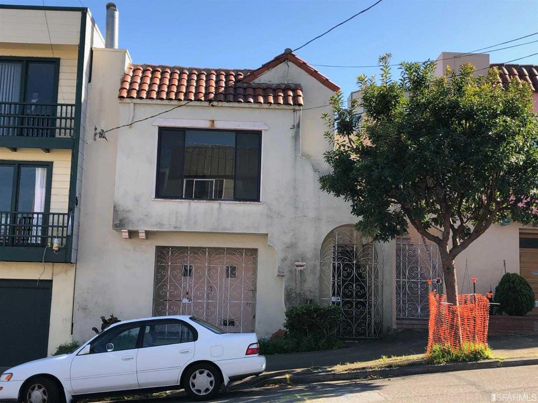 $1,049,999 - 2Br/1Ba -  for Sale in San Francisco
