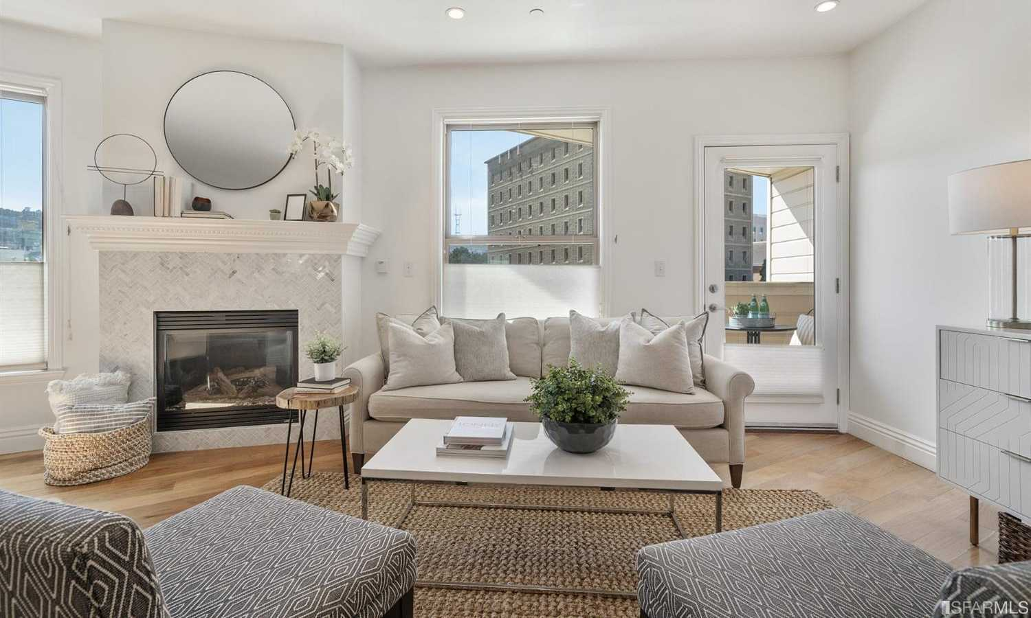 $1,325,000 - 2Br/2Ba -  for Sale in San Francisco
