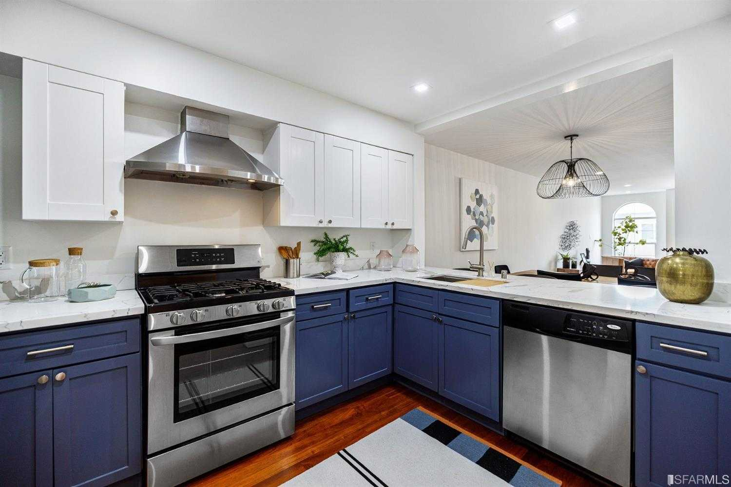 Photo of  437 25th Ave Apt 3