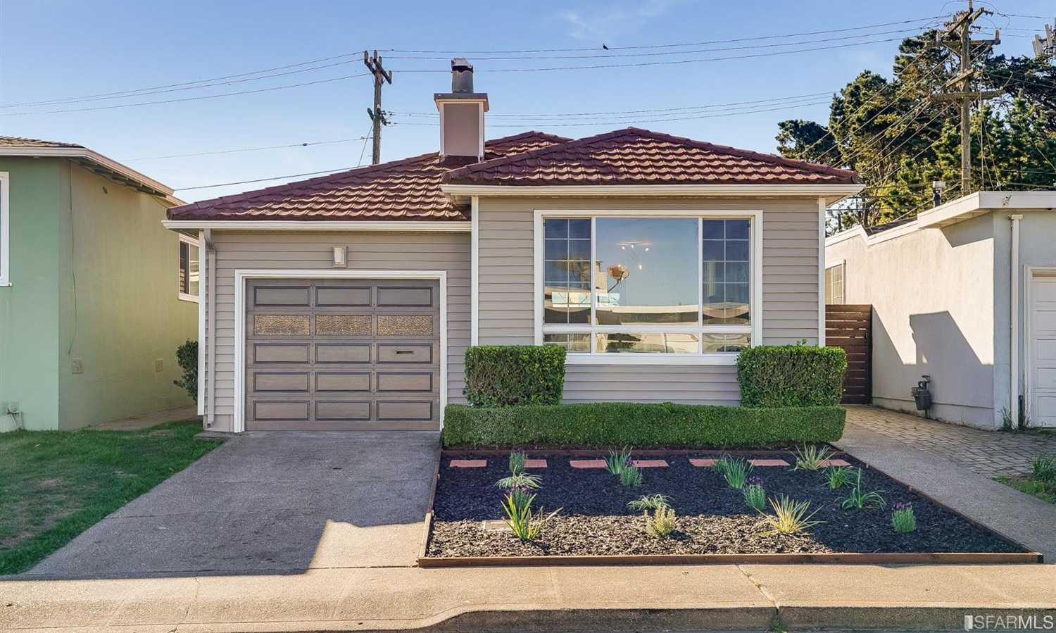 $899,000 - 3Br/2Ba -  for Sale in Daly City