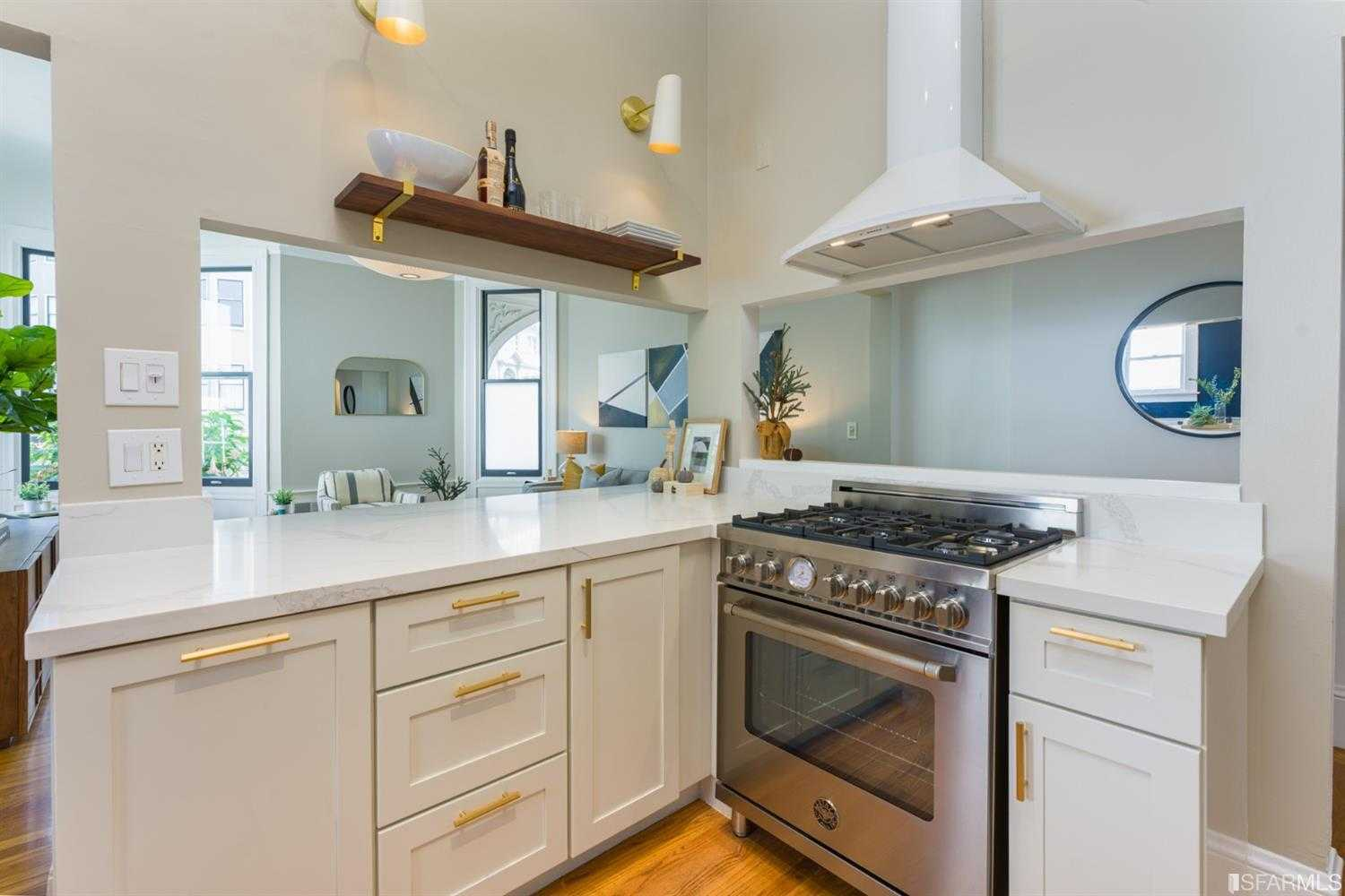 $1,289,000 - 2Br/1Ba -  for Sale in San Francisco