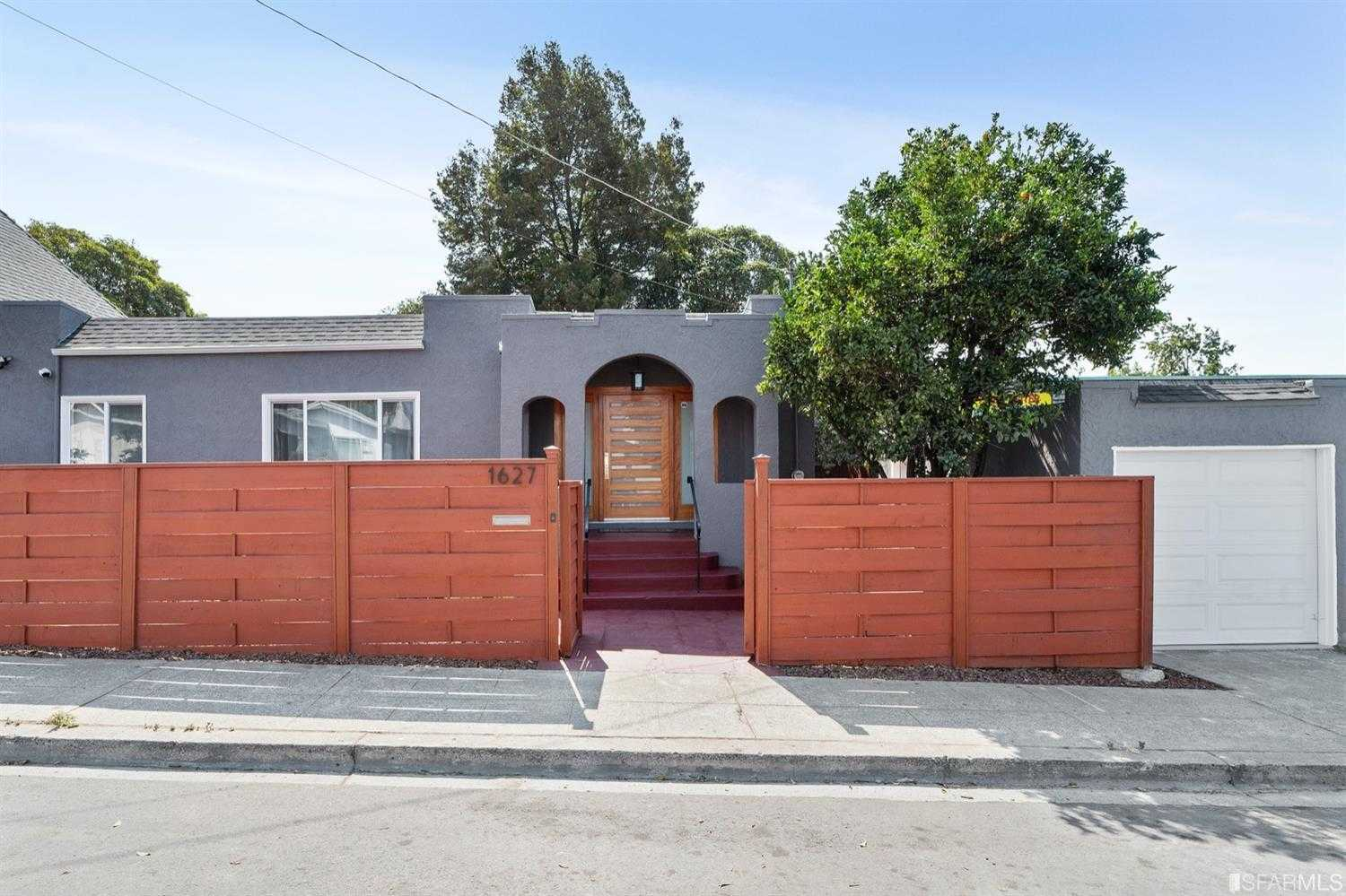 $1,038,000 - 5Br/3Ba -  for Sale in Oakland