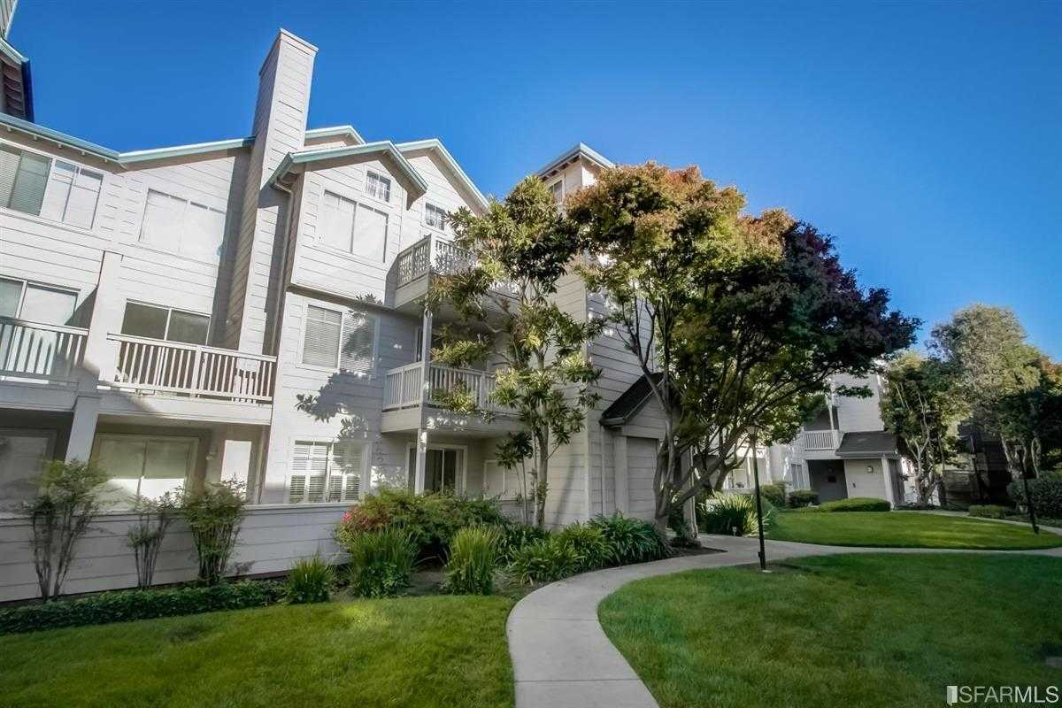 $828,000 - 2Br/2Ba -  for Sale in South San Francisco