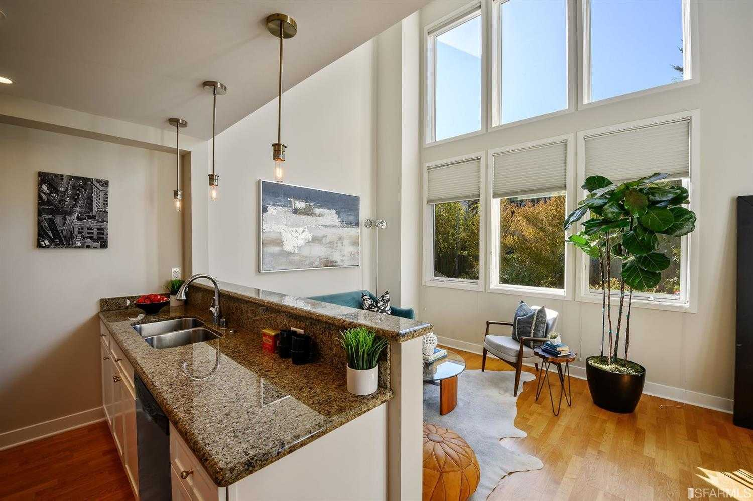 $1,069,000 - 2Br/2Ba -  for Sale in San Francisco