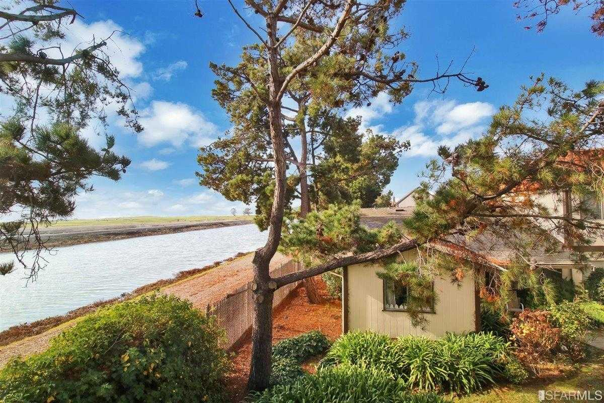 $525,000 - 3Br/3Ba -  for Sale in San Leandro