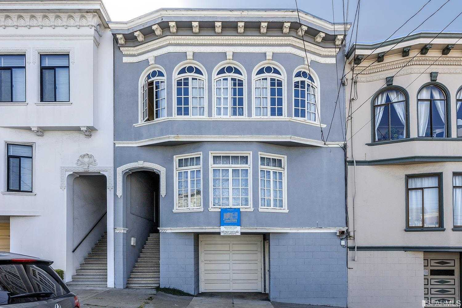 $1,695,000 - Br/Ba -  for Sale in San Francisco