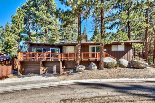 $685,000 - 3Br/2Ba -  for Sale in Unavail, South Lake Tahoe