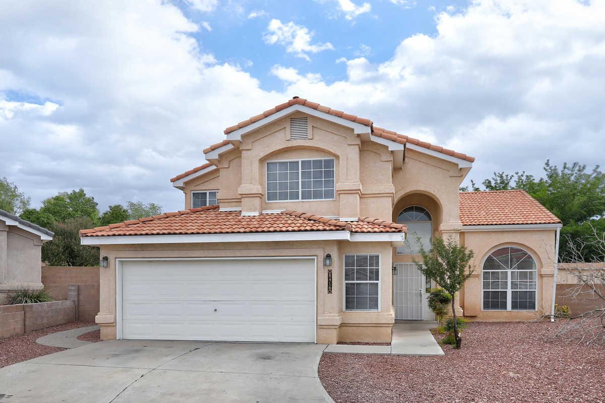 $385,000 - 4Br/3Ba -  for Sale in Las Terrazas, Albuquerque