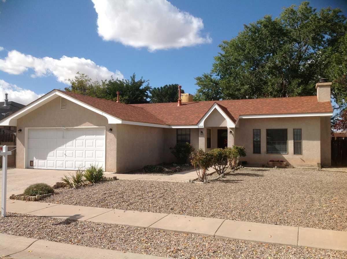 $249,000 - 3Br/2Ba -  for Sale in Albuquerque