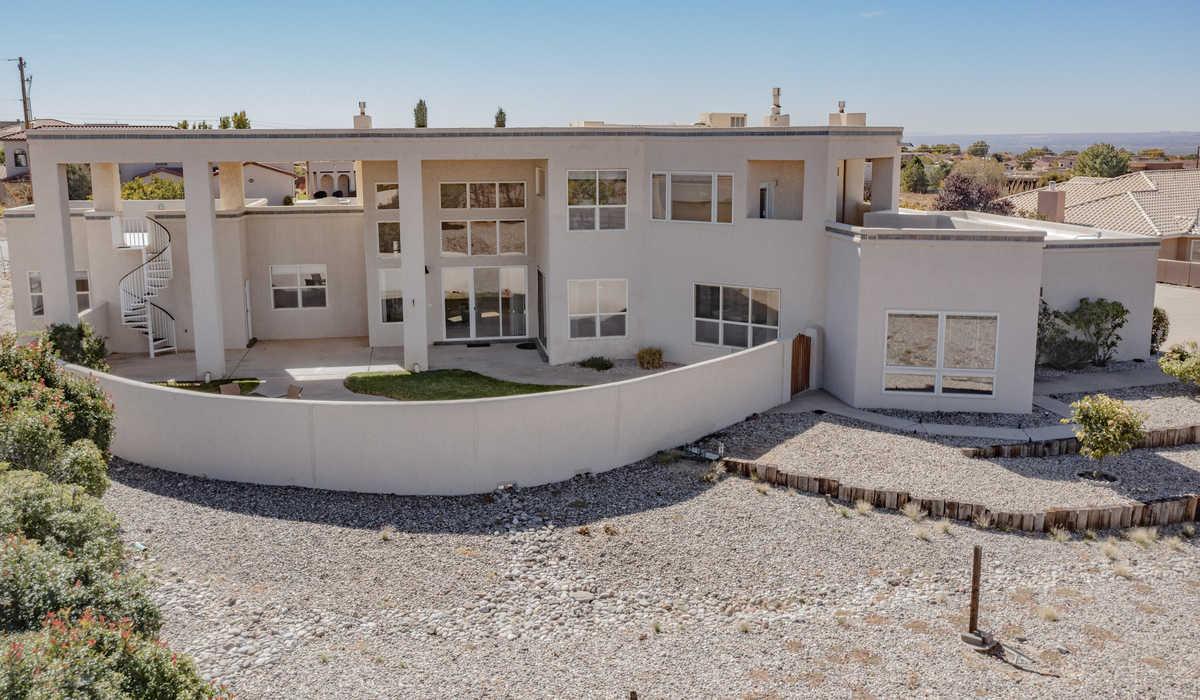 $930,000 - 5Br/4Ba -  for Sale in North Albuquerque Acres, Albuquerque